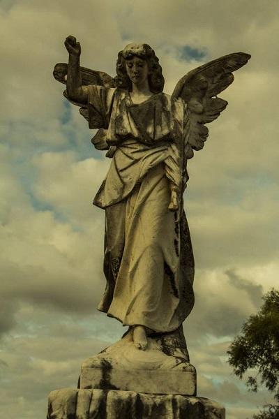 Chinchilla's Pioneer Cemetery - Photo Courtesy Andrew Dixon Photography